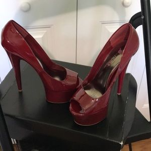 Red high heel shoes - size 6 - never used -